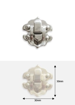 Fermoirs cliquet feston argent (30x30mm)+clous fixation