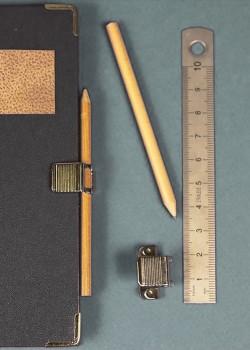 Clic porte-crayon argent (vendu sans crayon)