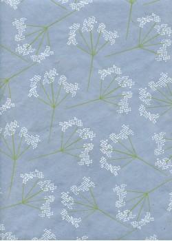 Papier lokta floral blanc et anis fond bleu clair (50x75)